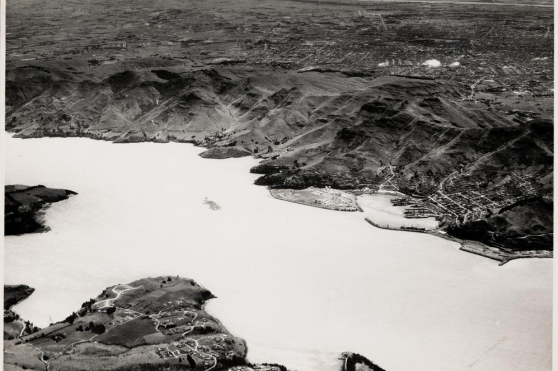 Aerial view of Lyttelton and Whakaraupō, Lyttelton Harbour - 14986.117