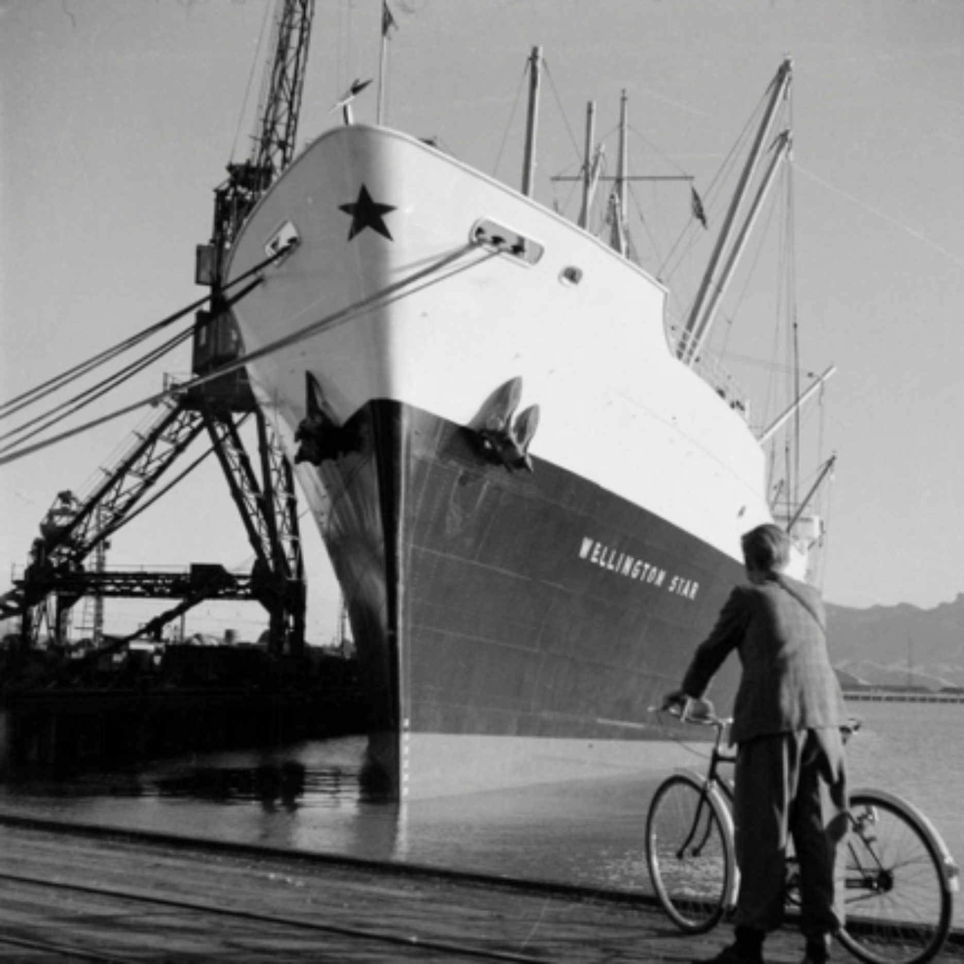 The 'Wellington Star' in Lyttelton Port, 1953 - 13214.1