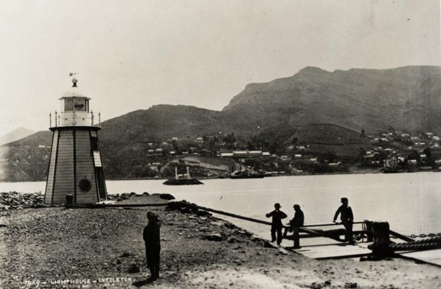 Lighthouse historical